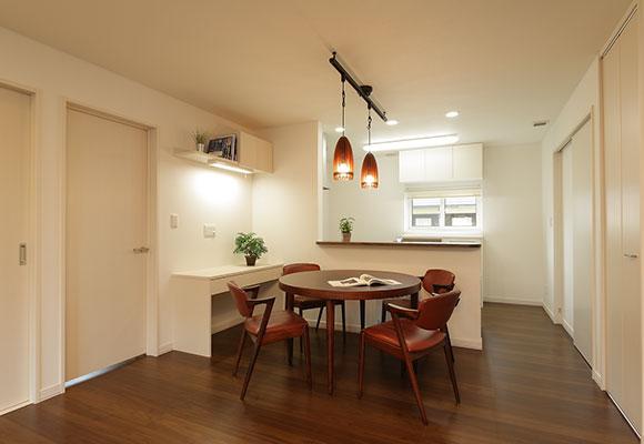 定年後を考えメンテナンスフリーで暖かい家