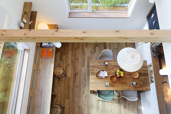 『家族リビング』でみんなが時間を共有できる北欧スタイルの家-モデルハウス