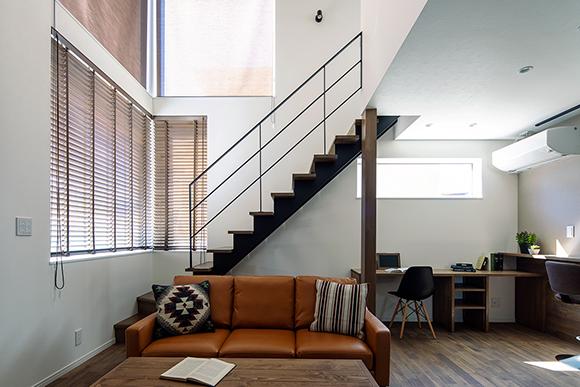 (new)石張り壁のリビングが印象的な高性能住宅・新築注文住宅・完成見学会【2日間限定】