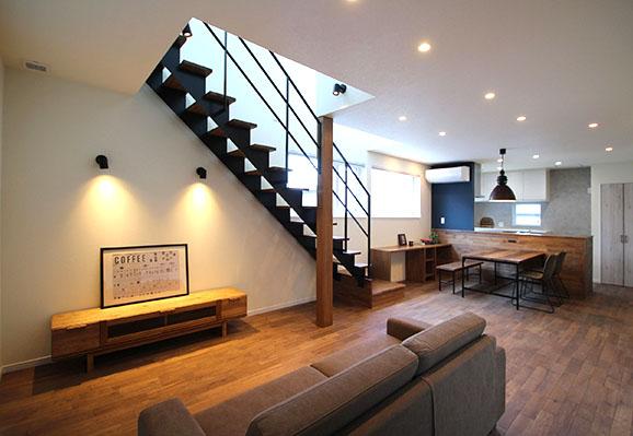ソフトインダストリアルで統一されたデザインの家 住宅 新築 工務店 ハウスメーカー
