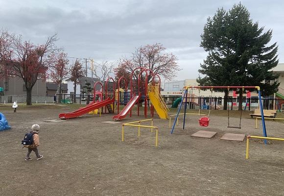 スタッフブログ~子育て家族が気軽に行ける公園のご紹介~を追加しました。